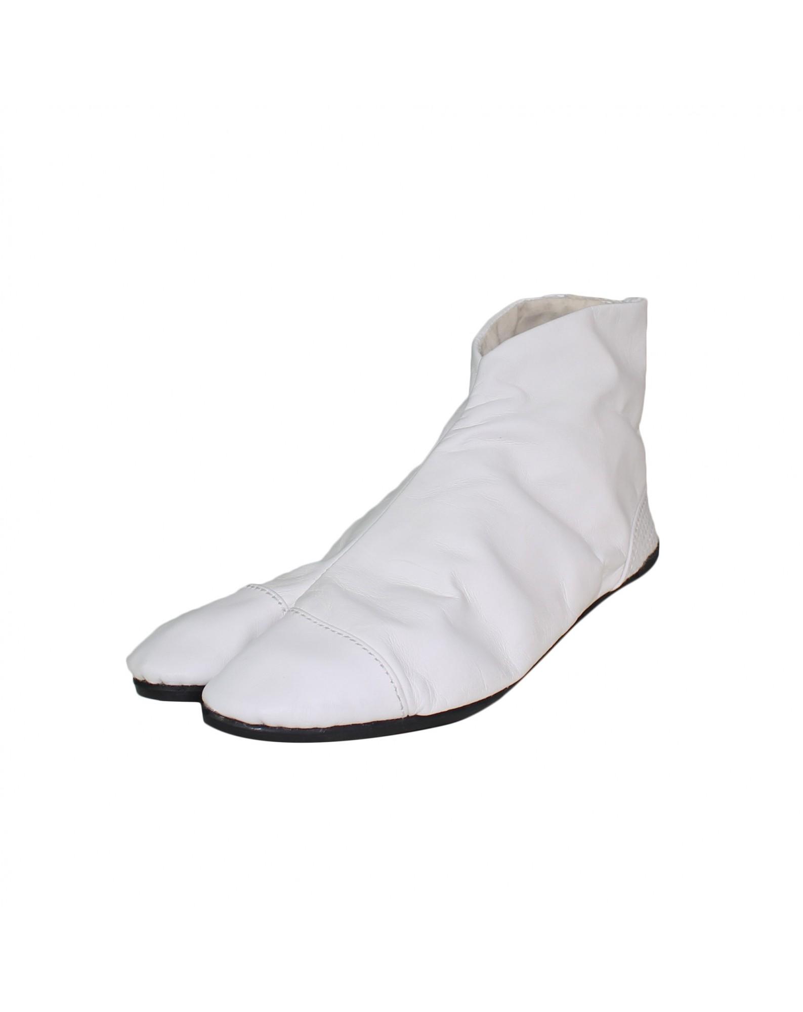 Uba-white