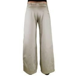 Pantalon plis aux genoux