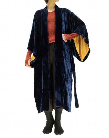 Kimono en velours de soie bleu foncé